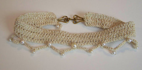 Ivory and Gold Beaded Crochet Necklace Pearl Bead Accents Made in USA | Handmade Quality Items | Scoop.it