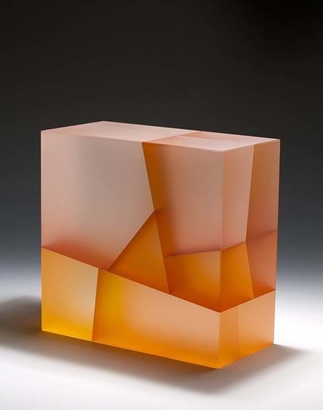 Jiyong Lee Carves Fragmented, Geometric Glass Blocks That Represent Cell Division And Growth | El Dissenyador | Scoop.it