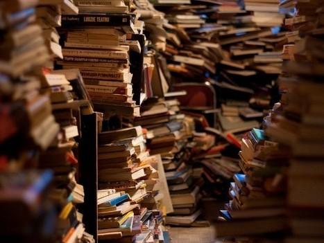 «Il me guette avec sa couverture»: ces livres qu'on achète et qu'on ne lit jamais | Les livres - actualités et critiques | Scoop.it
