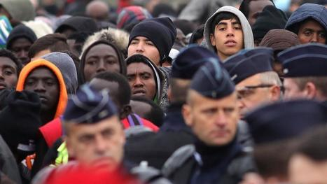 French Police Begin to Clear Calais Migrant 'Jungle' | Criminology and Economic Theory | Scoop.it
