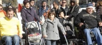 Confirmado: Cospedal cobrará a los padres por cuidar de su hijo dependiente : elplural.com | Partido Popular, una visión crítica | Scoop.it