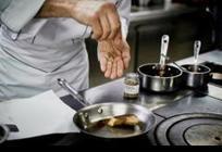 FRANCE • La cuisine française, un patrimoine figé dans la sauce | Macarons | Scoop.it