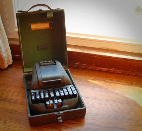 Vintage Stenographer's Machine Stenograph by AdobeHouseVintage | Court Reporting & Captioning | Scoop.it