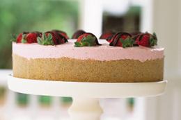 Strawberry Cream 'Cake' Recipe - Kraft Recipes | Cake Decorating | Scoop.it