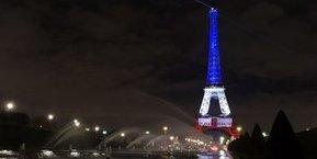 Tweet from @MinistereCC   La Tour Eiffel   Scoop.it
