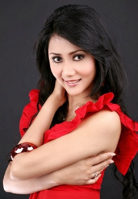 Indonesian Singer Aida Saskia beautiful picutre | Celebrity Girls Photo Gallery | cute girls picture | Scoop.it