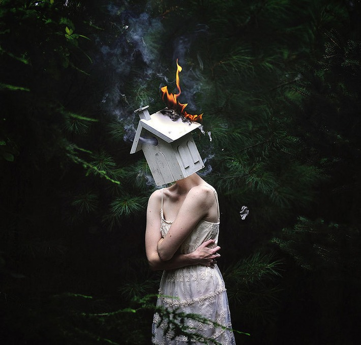 Powerful and Surreal Self Portraits by 20-Year-Old Rachel Baran | Machinimania | Scoop.it