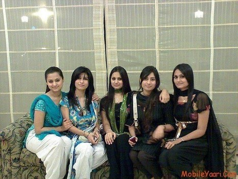Pakistani Girls for Marriage - Online Girls for Marriage in Pakistan | Social Media Guides | Scoop.it