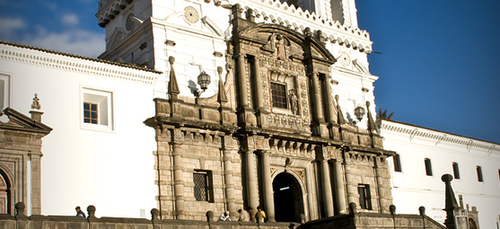 Quito: a Beautiful Mix of Architecture and Natural Splendors – Travel Tips & Hacks Blog