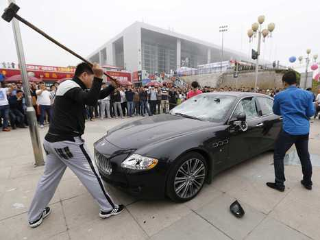 A Man In China Smashed His $423,000 Maserati Over Bad Customer Experience | Business Transformation | Scoop.it