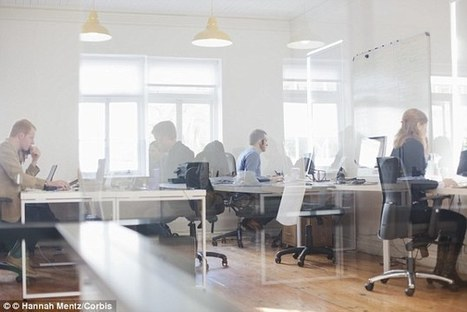 Eight out of 10 only leave desks to go to toilet or get a drink | Morning Radio Show Prep | Scoop.it