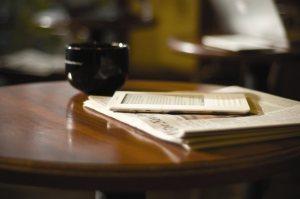 Et si on implantait des cafés de lecture numérique chez les librairies physiques?   Bibliothèques innovantes   Scoop.it