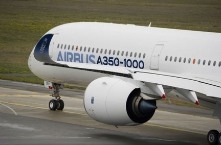 In Pictures: First Flight of the Airbus A350-1000 | Alan Charky - VAC AERO Vacuum Heat Treating Furnaces | Scoop.it