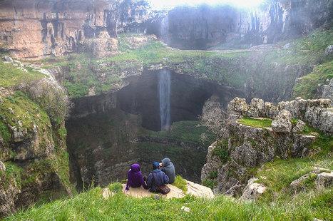 Liban : quand le Gouffre de Baatara se tranforme en cascade à la fonte des neiges | Observatoire Mémoire et Patrimoine au Liban et en Syrie | Scoop.it