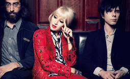 Yeah Yeah Yeahs' Karen O: 'Where Has All the Charisma and Sexuality Gone?'...[She Is So Right].... | ...Music Festival News | Scoop.it