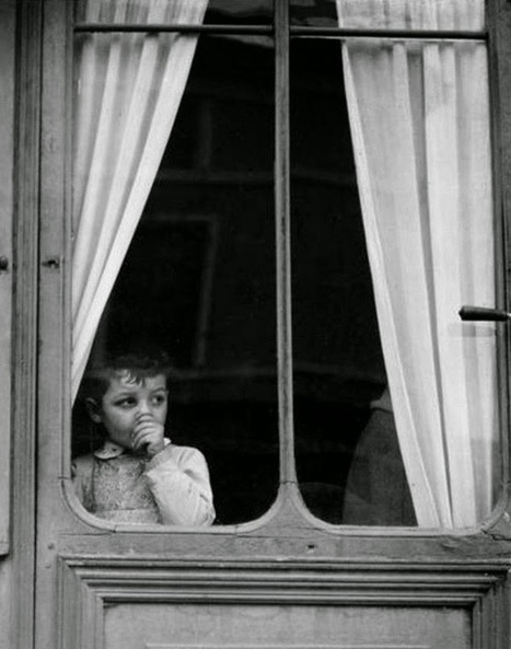 Child at a window (by Paul Strand, 1950) | Photography Now | Scoop.it