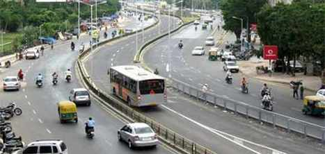 Cops crack down on errant parkers to ease BRTS congestion - Daily Bhaskar   Janmarg, the peoples' way   Scoop.it