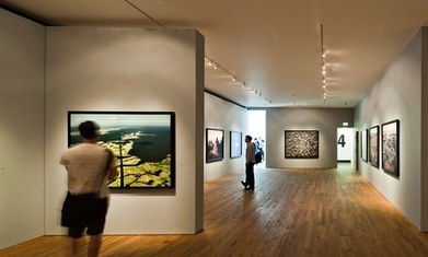 Flat, soulless and stupid: why photographs don't work in art galleries | Photography Now | Scoop.it