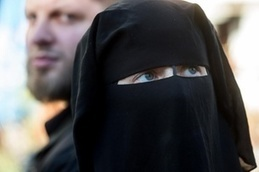 Swiss strongly favour burka ban: newspapers - SWI swissinfo.ch | The Human Body | Scoop.it