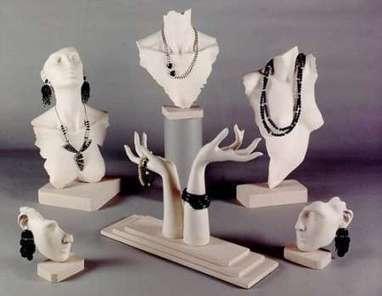 How to choose jewelry displays | Jwellery | Scoop.it