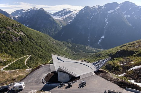 "Utsikten Viewpoint  (""The View"") / CODE: arkitektur 