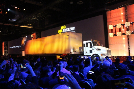 Amazon reveals AWS Snowmobile, a 45-foot semi-trailer that moves exabtyes of data to the cloud | Cloud Innovation | Scoop.it