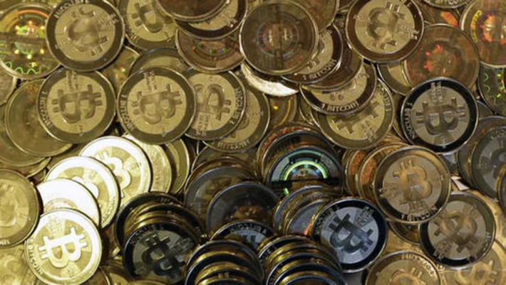 New York State to welcome regulated Bitcoin exchanges - CBS News   money money money   Scoop.it