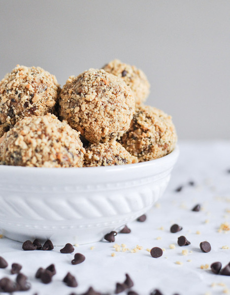 Quick + Easy No Bake Oatmeal Peanut Butter Bites | Recipes | Scoop.it