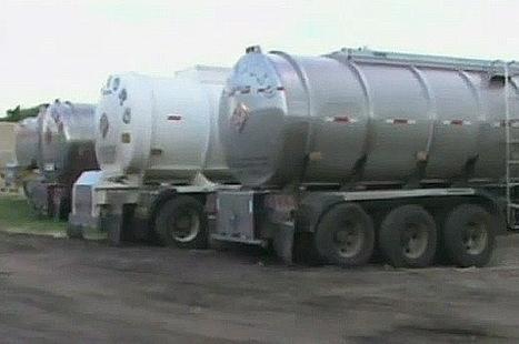 Duro golpe a contrabandistas de combustible, 18 tractomulas fueron incautadas   Infraestructura Sostenible   Scoop.it