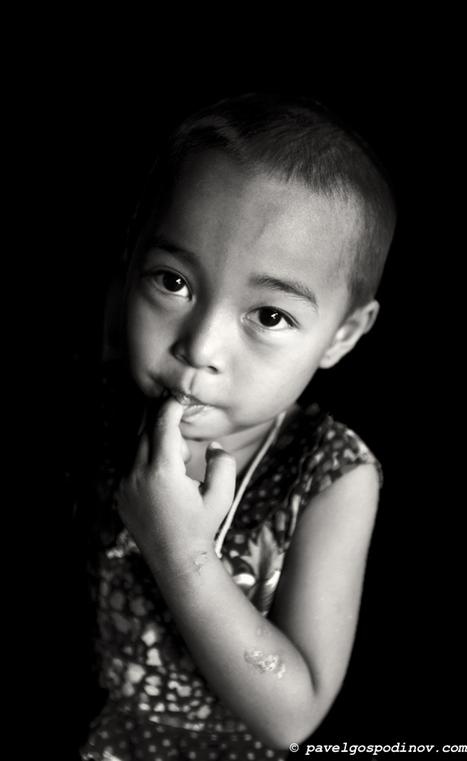 PORTRAIT OF A LITTLE GIRL FROM MARMA TRIBE BANGLADESH   Pavel Gospodinov Photography   PAVEL GOSPODINOV PHOTOGRAPHY   Scoop.it