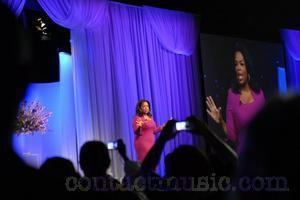 Oprah Winfrey   Rosie O'donnell Pulling No Punches On New Show   Contactmusic   Today's Transmedia Fashion   Scoop.it