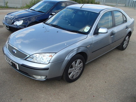 Salvage 2005 silver Ford Mondeo Sil with VIN WF05XXGBB55 on auction | VEHICLES on Auction | Scoop.it
