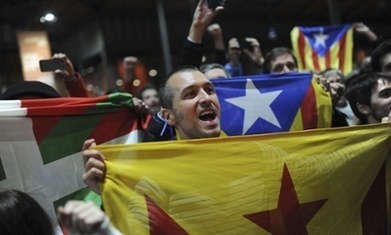 Catalans vow to push for independence as 80% vote in favour of split | El diseño de un nuevo estado de Europa | Scoop.it