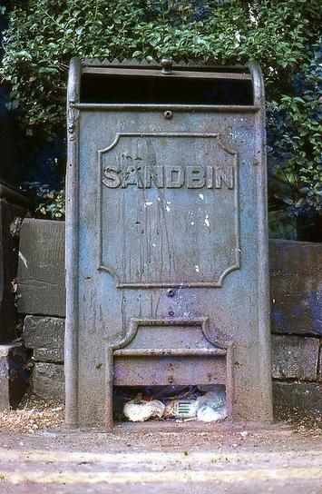 Sandbin for trams   Edinburgh Stories   Scoop.it