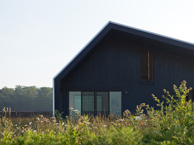 Self-Sufficient Farmhouse by Studio Moffitt | sustainable architecture | Scoop.it