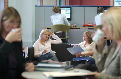 Learning with 'e's: Active learning spaces   Libraries In the Middle   Scoop.it