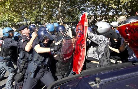 Studenti in corteo, scontri nelle città | Romy Beat - Writer&Screenwriter | Scoop.it