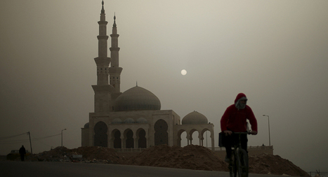 Aid poured into fixing mosques while Gazans live in tents - Al-Monitor: the Pulse of the Middle East   Upsetment   Scoop.it