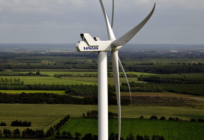 In Europe, Green Energy Takes a Hit From Debt Crisis | real utopias | Scoop.it