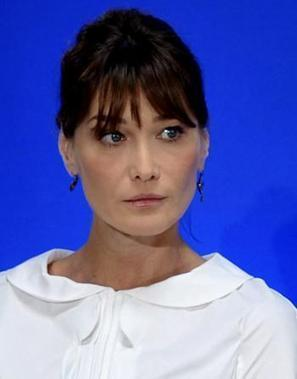 Carla Bruni-Sarkozy prédit la fin du journalisme avec la défaite de son mari | Mon Web Bazar | Scoop.it