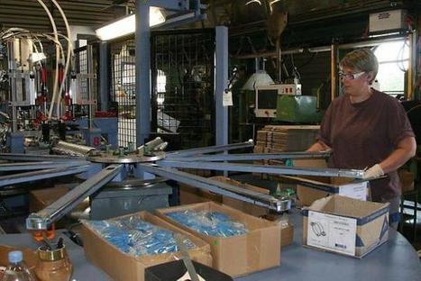 Orne. Le crochet de gouttière n'a pas pris une ride | Les news en normandie avec Cotentin-webradio | Scoop.it