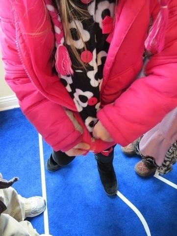 Catch a falling snowflake | Teach Preschool | Teach Preschool | Scoop.it