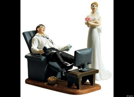 PHOTOS: Totally Inappropriate Wedding Cake Toppers | Huff Post Weddings | Florida Wedding & Photography Tips, Ideas, Inspiration & Comic Relief | Scoop.it