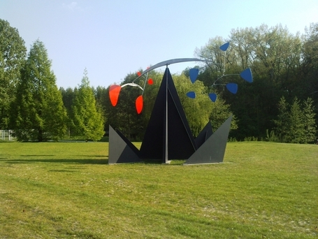 "Alexander Calder: ""Southern Cross"" 
