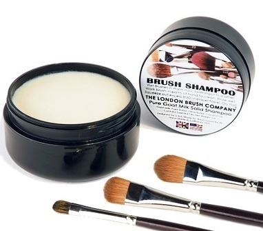 LBC quality makeup brushes need quality brush shampoo - A Beauty Feature | Make-Up Articles | Scoop.it