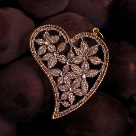 Iolanda Ottavi: MerlettoGioiello, the Jewelry combined with the Offida bobbin lace | Le Marche & Fashion | Scoop.it