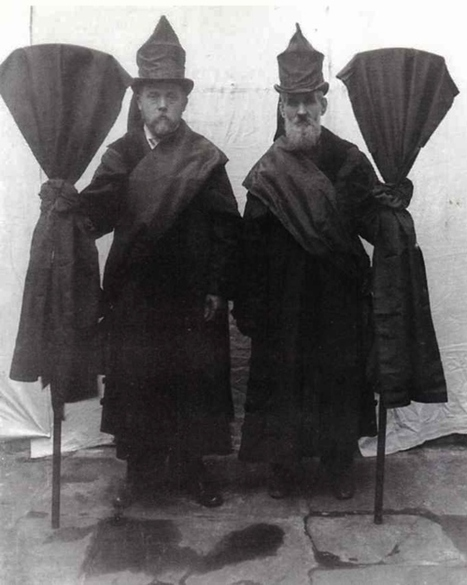 Victorian Professional Mourners, 1800s | GenealoNet | Scoop.it