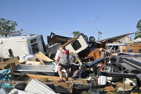 Severe Weather Weekend: One Dead as Tornadoes, Floods and Hail Batter Plains | GarryRogers Biosphere News | Scoop.it