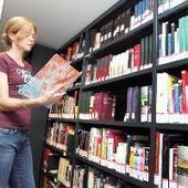 Adoptez un livre et jouez le Père Noël du patrimoine! | bibliothèque | Scoop.it