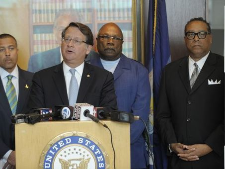 Michigan Sen. Peters calls for panel to vet police practices, rules | Police Problems and Policy | Scoop.it